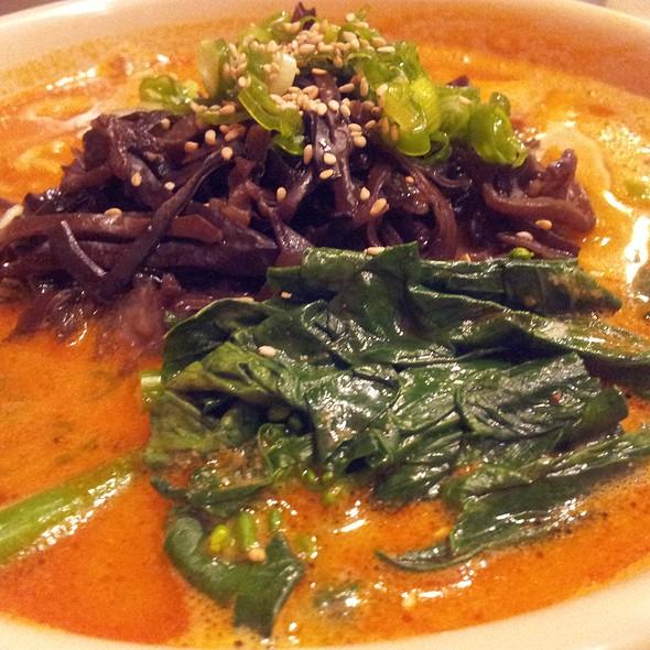 Schezuan Spicy Ramen @ Aloha Ramen