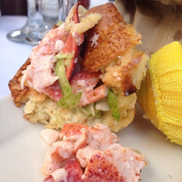 lobster roll - Atlantic Fish, Boston, MA