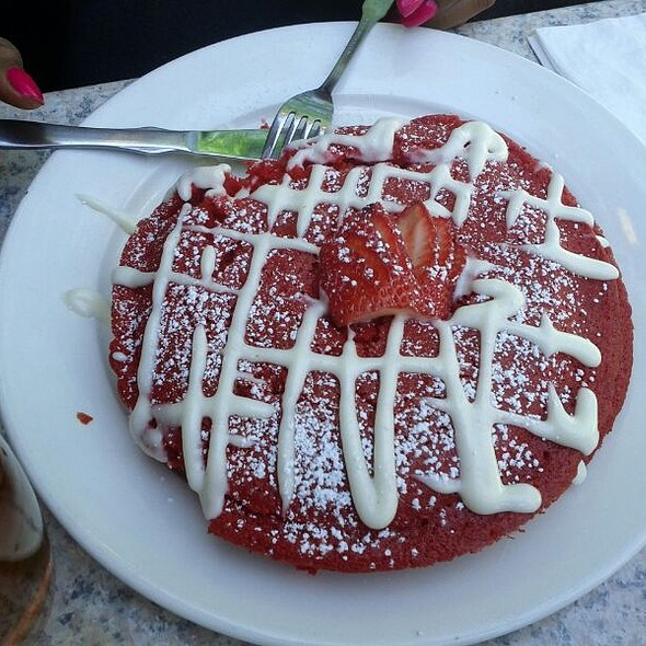 Red Velvet Pancakes @ Two Door Tavern