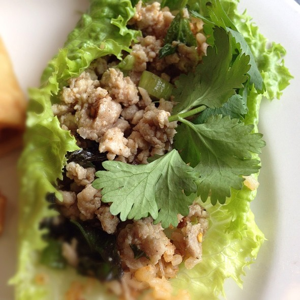Lettuce Wrap @ Bangkok Pavilion Thai Restaurant