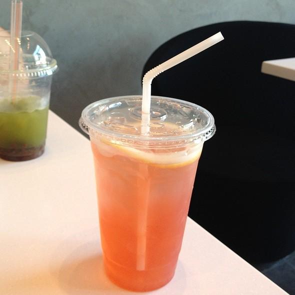 Peach Lemon Tea @ Dolce Delights
