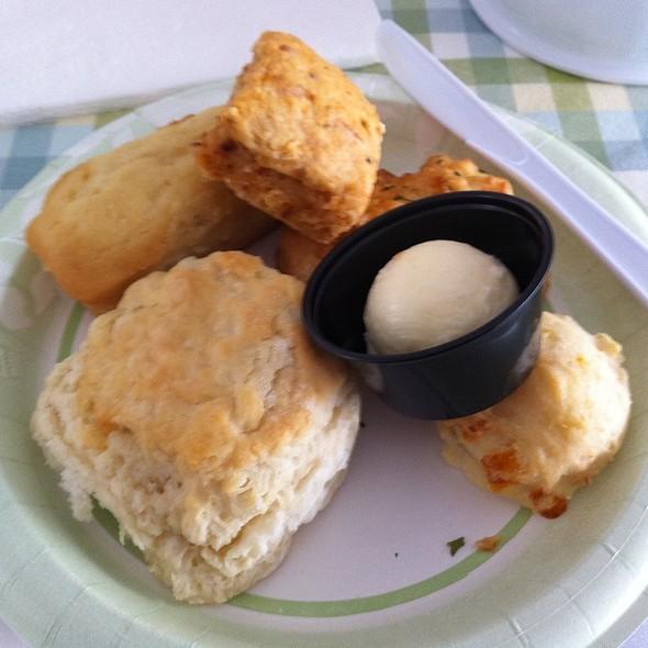 Biscuit Breakfast @ Biscuit Festival 2012