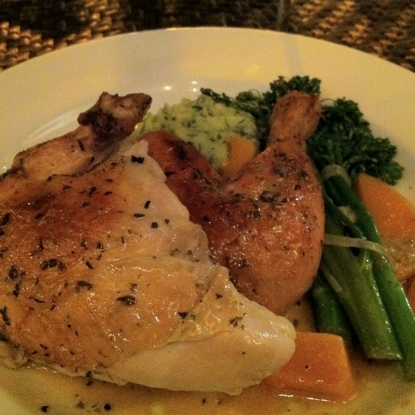 Roasted Free Range Chicken Breast @ Himmarshee Bar and Grille