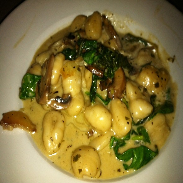 Gnocchi @ Leslie Jones