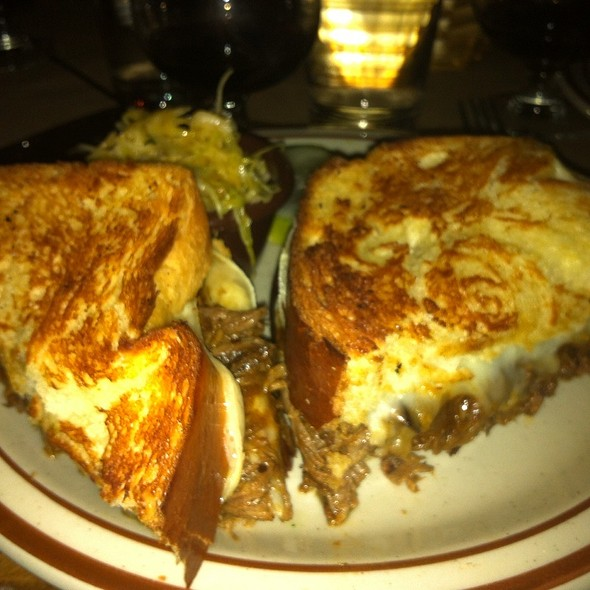 Short Rib, Farmhouse Cheddar & Fontina Grilled Cheese - Beehive, Boston, MA