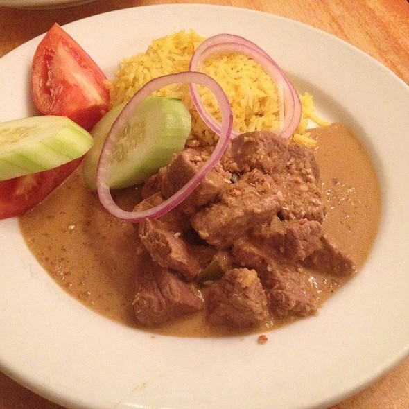 Beef Rendang Curry @ Pomelo on Church