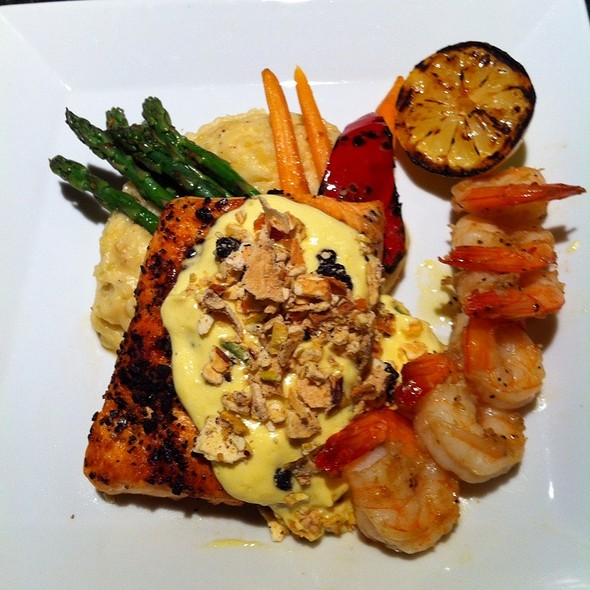 Citris Salmon With Shrimp @ Cocoa's Restaurant & Lounge