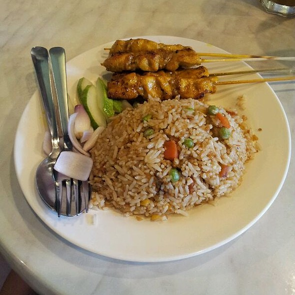 Satay Fried Rice @ Roti Bakar Kopitiam, Plaza Ivory