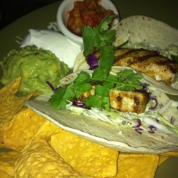 Fish Taco @ Duke's Canoe Club Waikiki