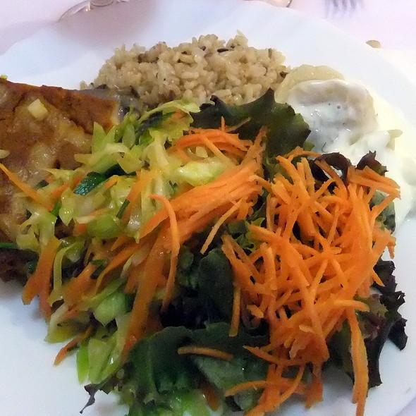 Ravioli of spinach and eggplant pie @ Planeta Bio