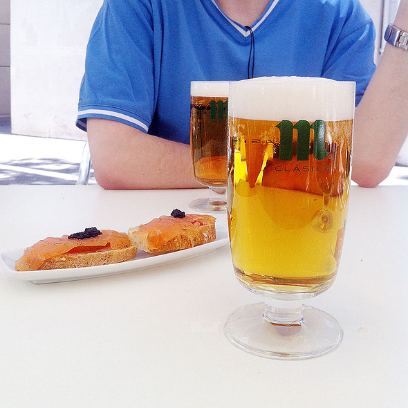 Beer and tapa @ Tomate y Langostino
