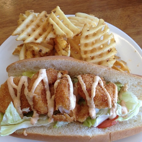 Fried Shrimp Po' Boy @ Loupy's Crabs & Gourmet Seafood