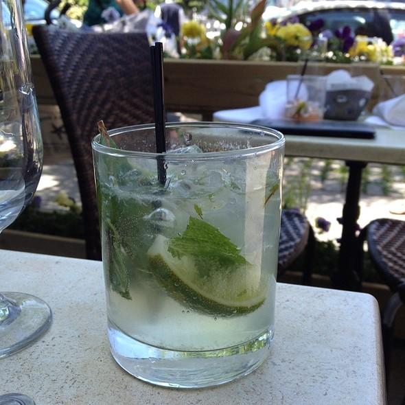 Mojitos @ Riverview Restaurant & Lounge