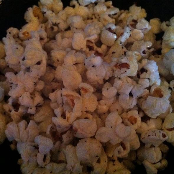 Popcorn @ Cafe Divis / Vinyl Wine Bar