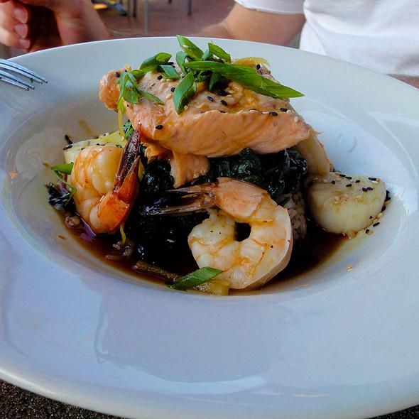 Shang Hai Seafood Sampler - Mitchell's Fish Market - Carmel, Carmel, IN