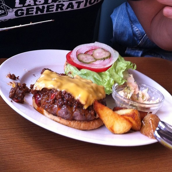 Chilli Cheese Burger  @ baker bounce 三軒茶屋店