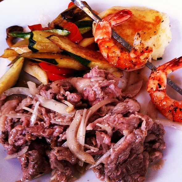 Lemon Pepper Beef Steak, Mashed Potatoes, Grilled Veggies And Prawns @ baker bounce 三軒茶屋店