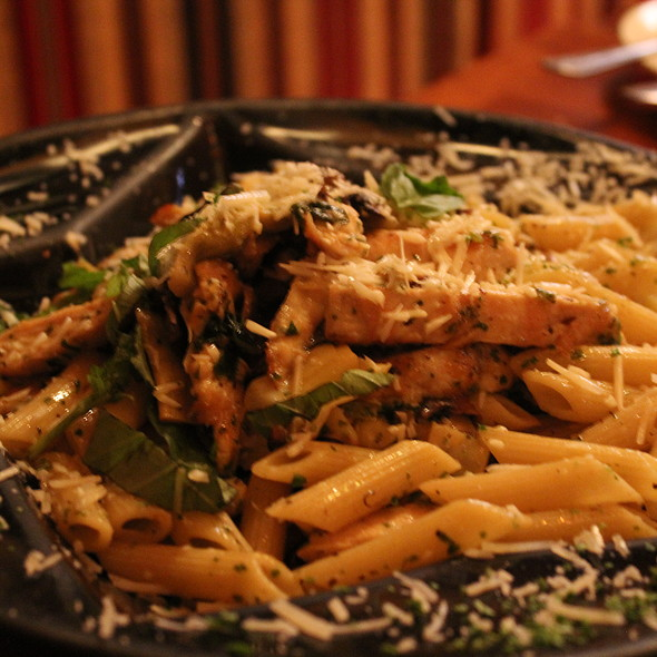penne pasta with chicken - Eamonn's, New York, NY