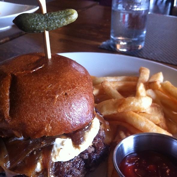The Social Burger - Darien Social, Darien, CT