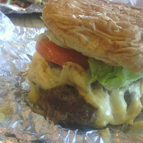 Bacon Cheeseburger @ Five Guys Burgers and Fries