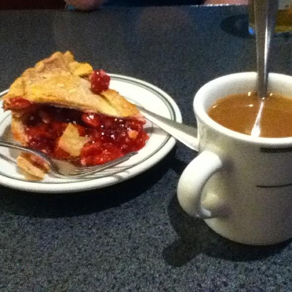 Cherry Pie @ Hubbard Avenue Diner