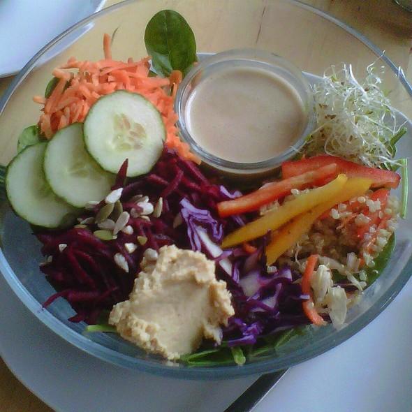 Quinoa Salad & Mixed Greens