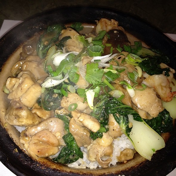 Chicken & Shrimp Claypot