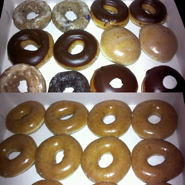 Donuts @ Krispy Kreme