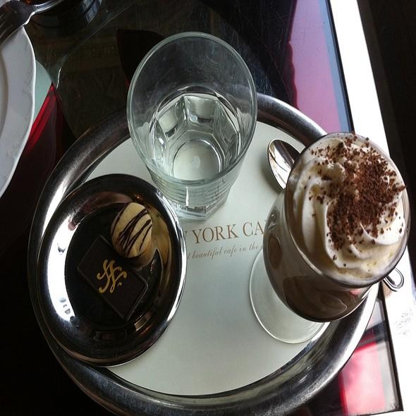 Chili Coffee @ New York Café