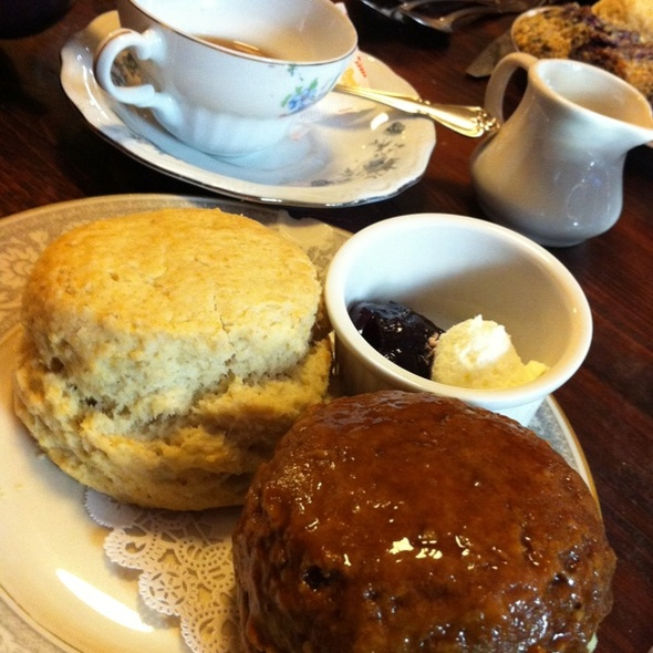 Pumpkin Scone @ Alice's Tea Cup