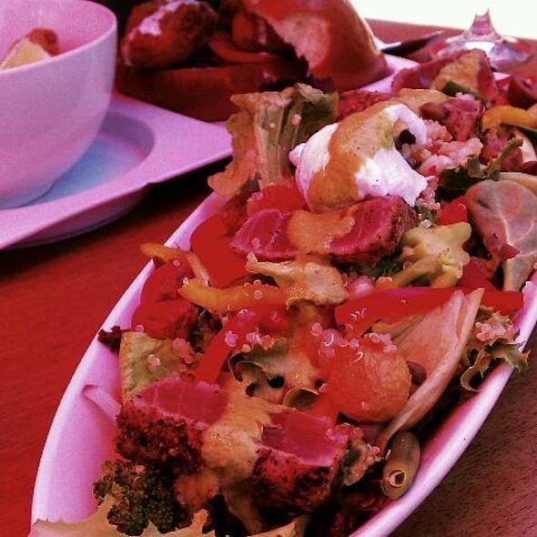 Salad Nicoise @ Skool