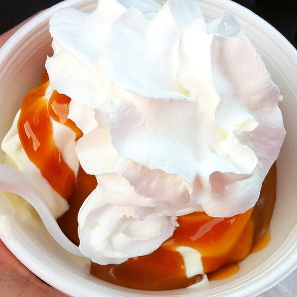 Caramel Frozen Custard Sundae @ Fudgy's Ice Cream Palace
