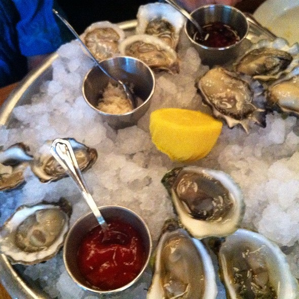 Oysters @ The Dutch