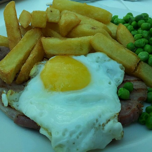 Gammon and Eggs @ Orbis1 Cafeteria