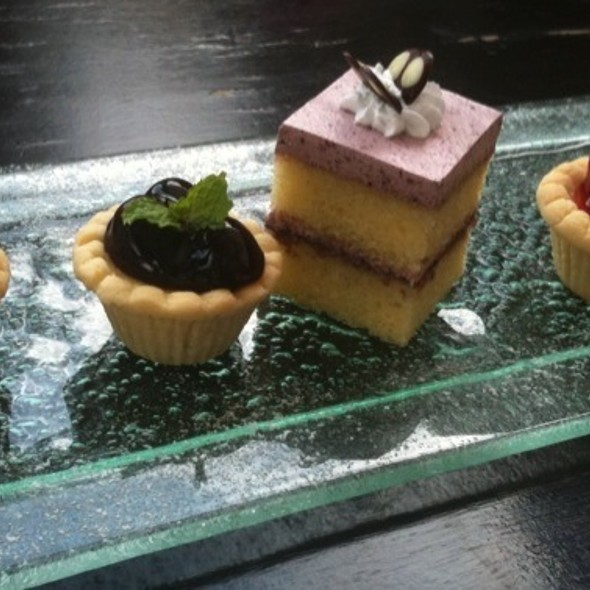 Desserts @ เวียงจูมออน ทีเฮาส์ (Vieng Joom On Teahouse)