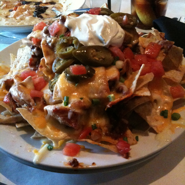 Giant Chicken Nachos