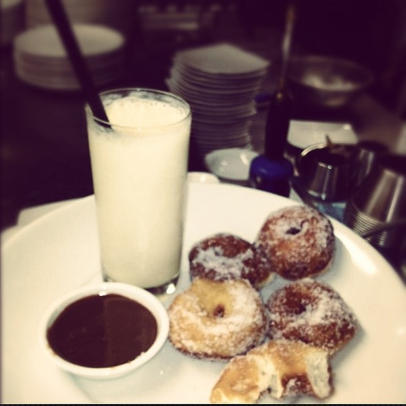 Homemade Doughnuts @ Vesper American Brasserie