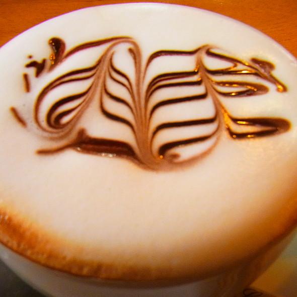 Cappuccino @ The Bald Barista