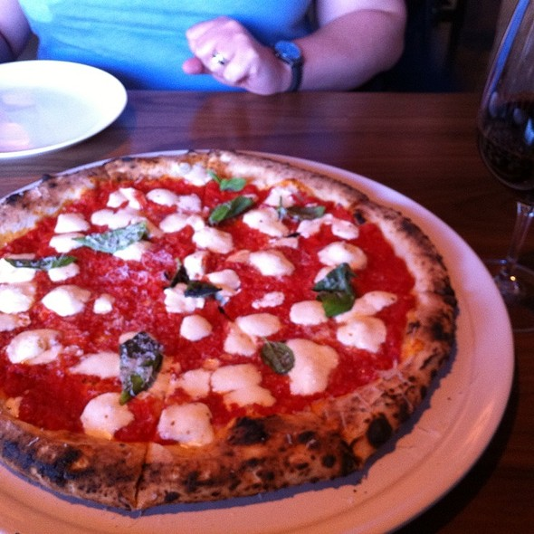 Pizza Margherita @ The St. Regis Atlanta