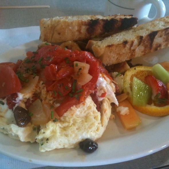 Mediterreanean Steamers @ Wild Plum Cafe & Bakery