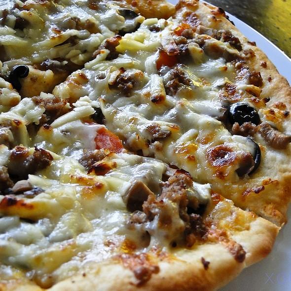 Mister Kabab Pizza @ Mister Kabab
