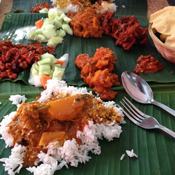 Banana Leaf Rice With Curry