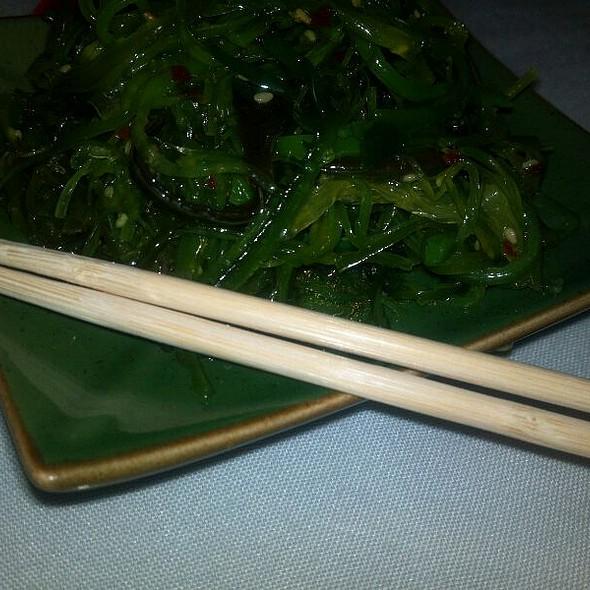 Seaweed salad @ Shogun Peking Palace