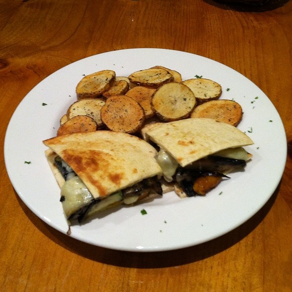 Lahanika Sandwich - Greek Taverna - Glen Rock, Glen Rock, NJ