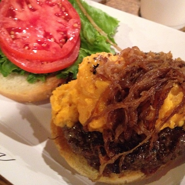 Kobe Burger With Soft Cheddar @ Fatted Calf