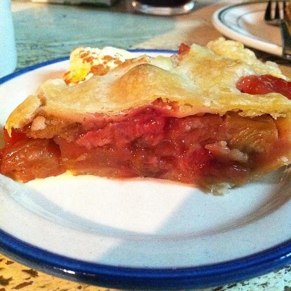 Rhubarb Pie @ Hatos Bar