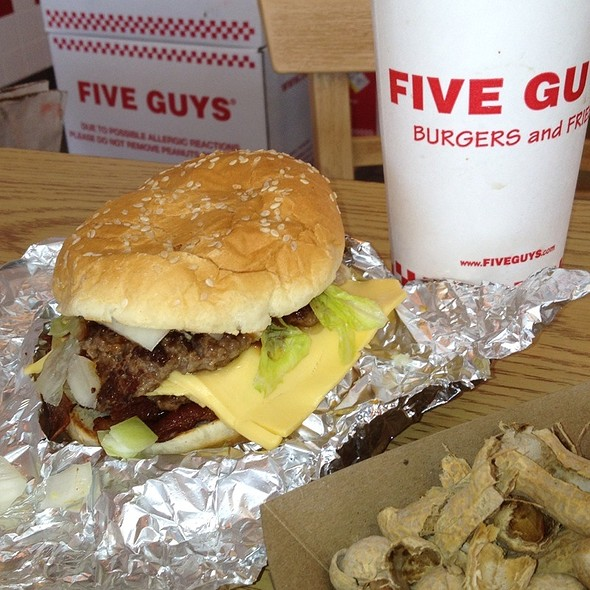 Bacon burger @ Five Guys Burgers and Fries