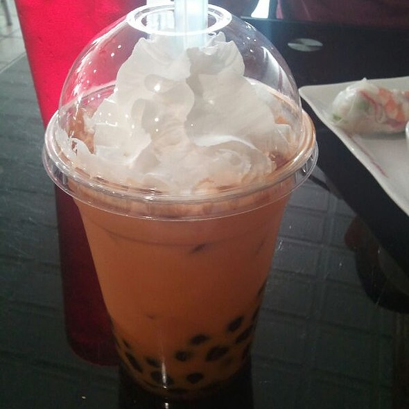 Thai Iced Tea With Pearls @ Pho Lien Hoa
