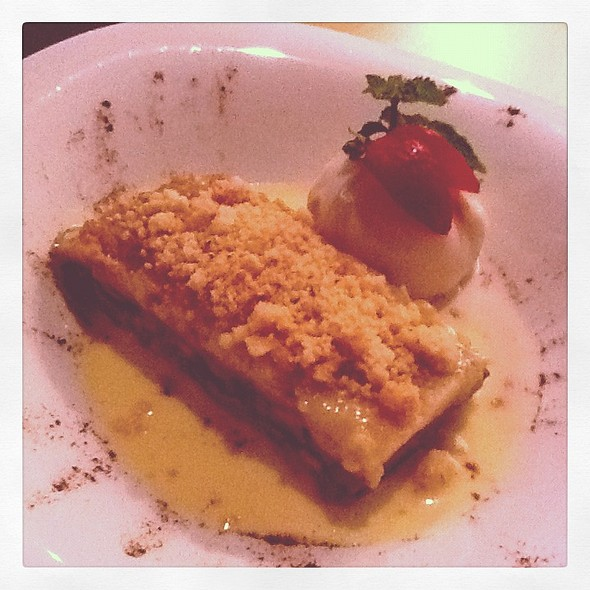 Pear & Almond Crumble With Walnut Ice Cream @ Cafe Aria