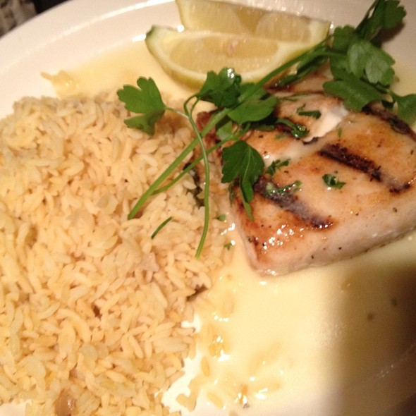 Grilled Mahi Mahi - Damon's Steakhouse, Glendale, CA